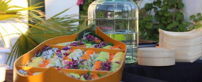 Barca con 200 piezas de sushi variado