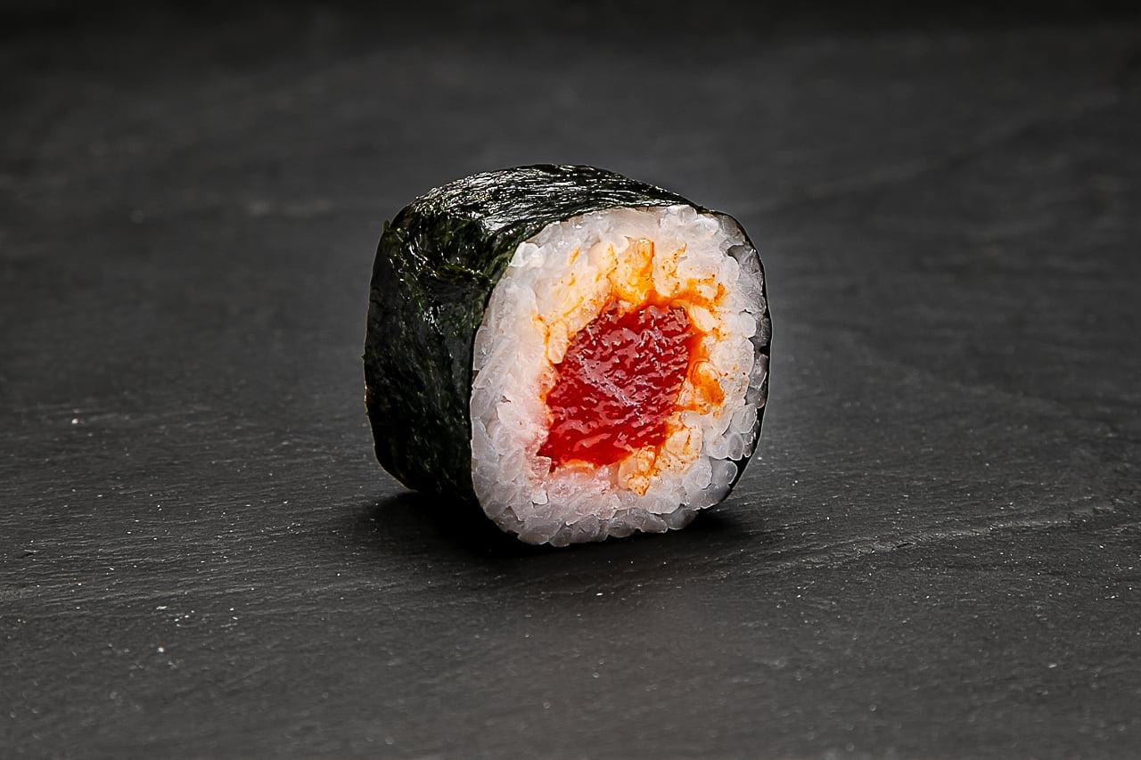 Maki Atún picante